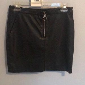 Bebe high waisted zip up skirt
